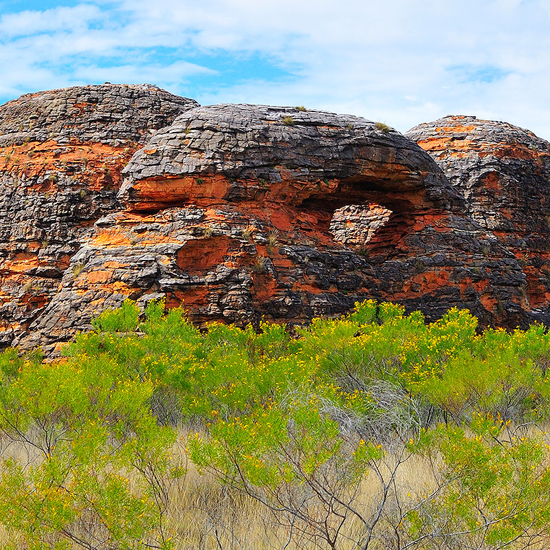 HALLS CREEK, PURNULULU NATIONAL PARK (BUNGLE BUNGLES)